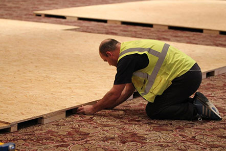 exhibitors-services-floor-covering-raised-floor